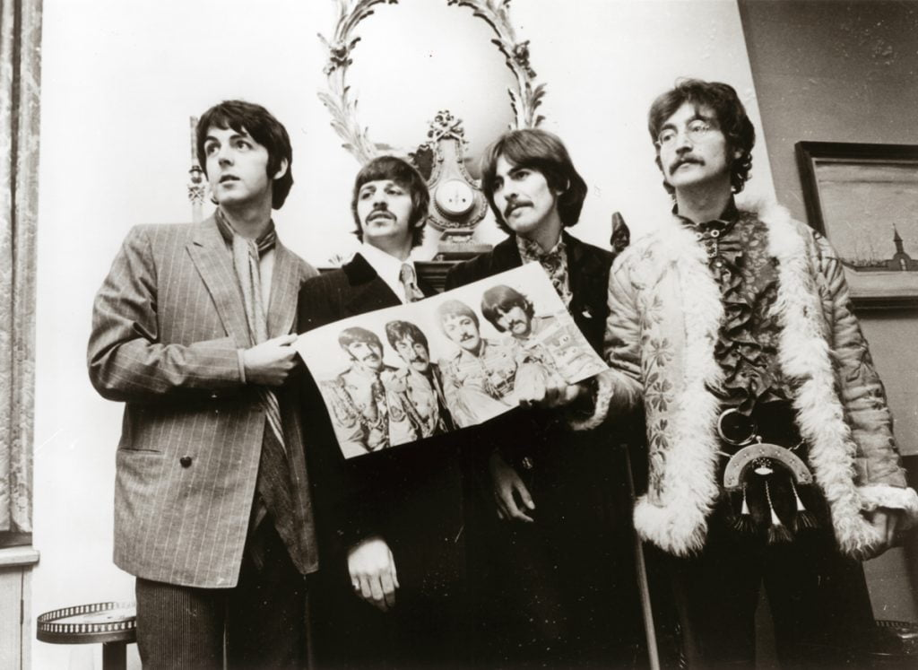 Os Beatles e o Álbum Sgt. Pepper's Lonely Hearts Club Band